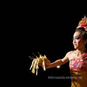 sumber: senitaribaliku.blogspot.com