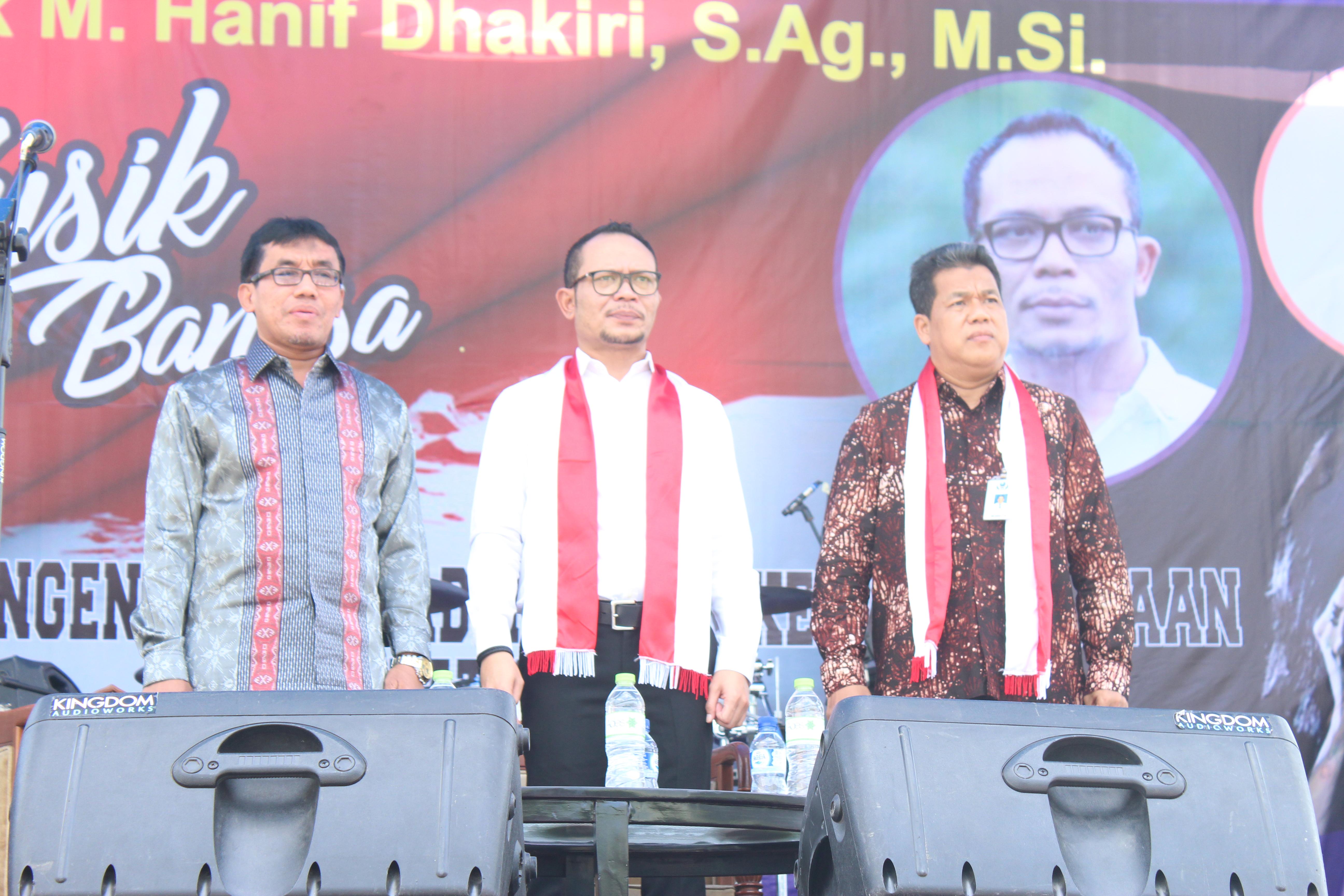 Dari kiri: Wakil Walikota Salatiga, Menteri Ketenagakerjaan RI, Rektor IAIN Salatiga