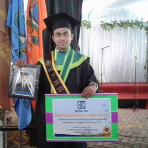 Danang Sigit Widianto, Wisudawan terbaik pada wisuda ke-VI IAIN Salatiga.