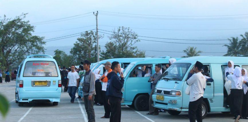 OPAK: Sopir Angkota Banjir Orderan