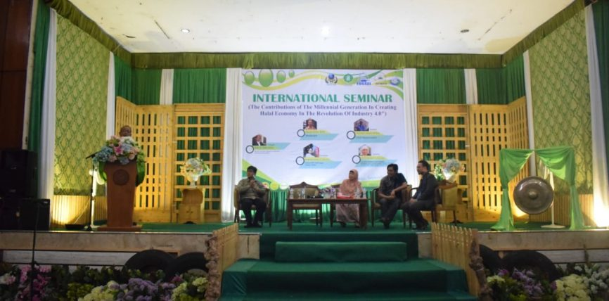 Seminar Internasional – Ciptakan Ekonomi Halal