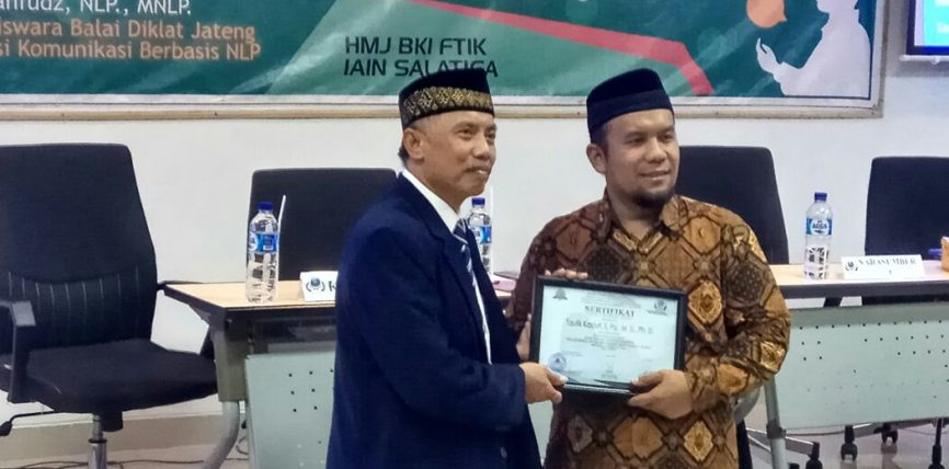 """HMJ BKI adakan SEMNAS """"Keterampilan Komunikasi bagi Calon Guru"""""""